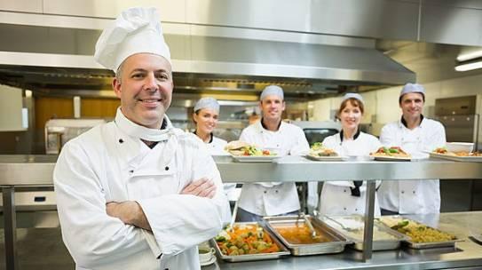 Cấp bậc trong nhà bếp khách sạn nhà hàng 5 sao