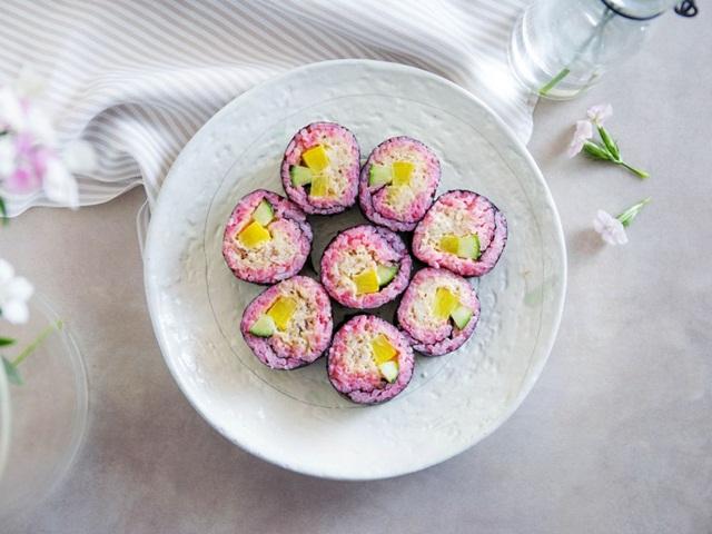 ngon-mieng-da-mat-voi-sushi-cua-mau-tim-vua-ngon-vua-dep-cach-lam-sushi-10