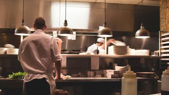 5 Nguyên nhân khiến bạn giậm chân tại chỗ trong nghề bếp!
