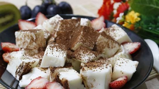 Tổng hợp các cách làm sữa chua dẻo cực dễ tại nhà