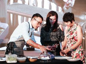 Chef Nguyễn Mạnh Hùng đầu bếp khách sạn năm sao chia sẻ thực đơn giúp làm đẹp da