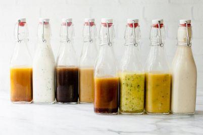 salad-dressing-la-gi-8-loai-salad-dressing-co-ban-cho-cac-dau-bep.jpg