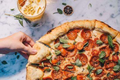 tong-hop-4-cach-lam-banh-pizza-tai-nha-don-gian-day-du-nhat.jpg